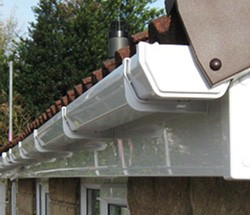 Replacing gutters in Glasgow